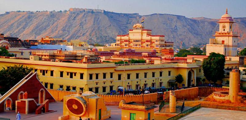 Jantar_Mantar_jaipur_pinkcityroyals01