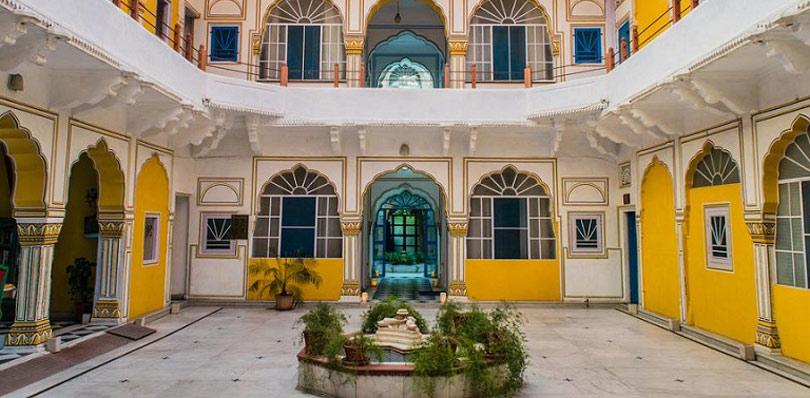 pinkcityroyals_Diggi-palace-3.jpg