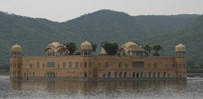 pinkcityroyals_Man-sagar-lake-2.jpg